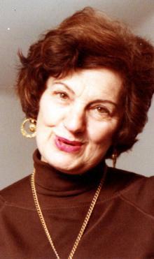 Dorothy Roubicek Woolfolk, 2018 Bill Finger Award Recipient