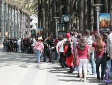 The morning line-up outside WonderCon Anaheim