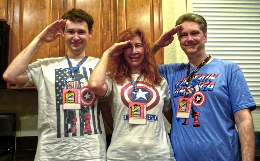 Reporting for Comic-Con! Photo: Todd Mulleneaux