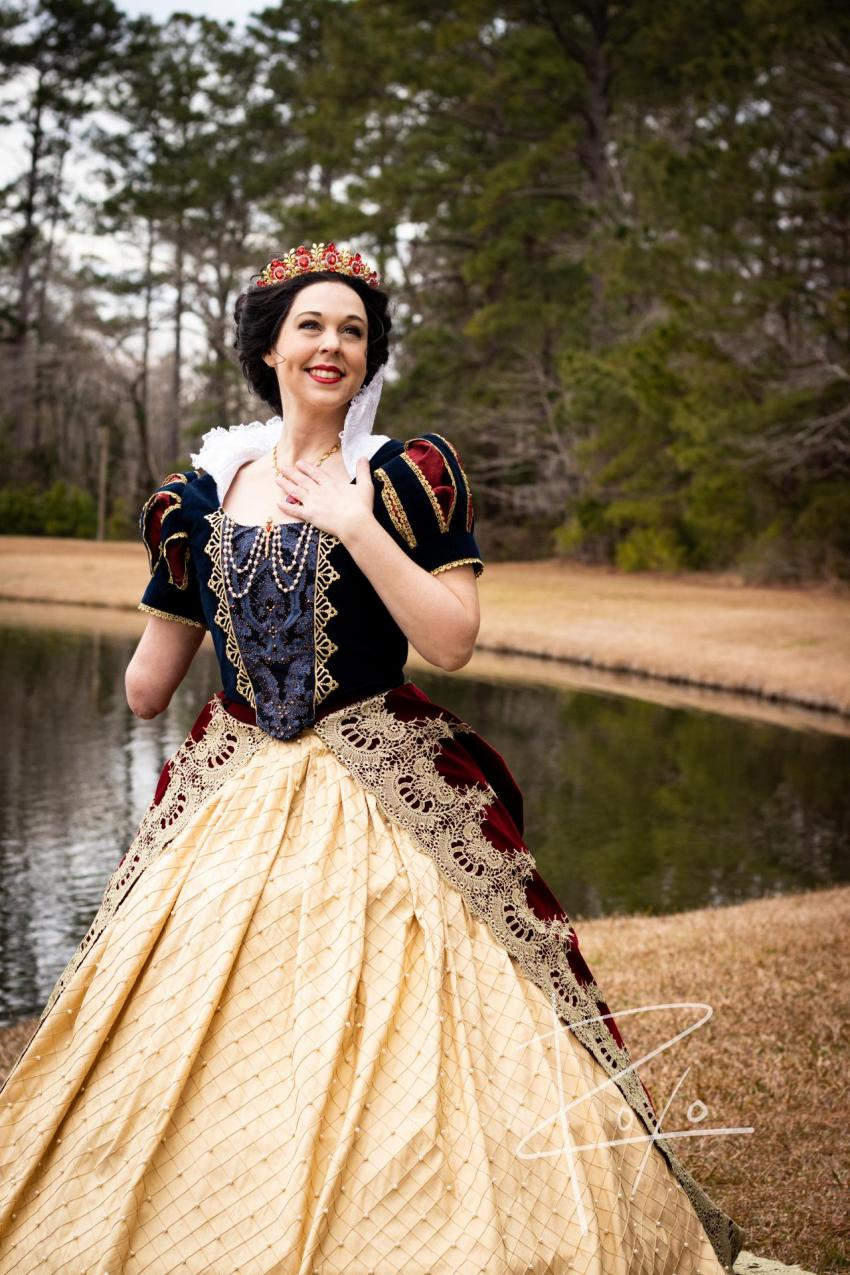 """Judges' Choice: """"Snow White"""", an original imagining of the joyful Queen's Happily Ever After, with exceptionally embellished historical design by Mandy Pursley / Be The Spark Cosplay"""